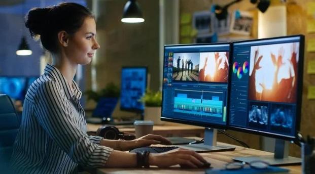 Untuk dapat menghasilkan video yang berkualitas, Anda jangan sembarangan memilih software video editor untuk mengedit video.