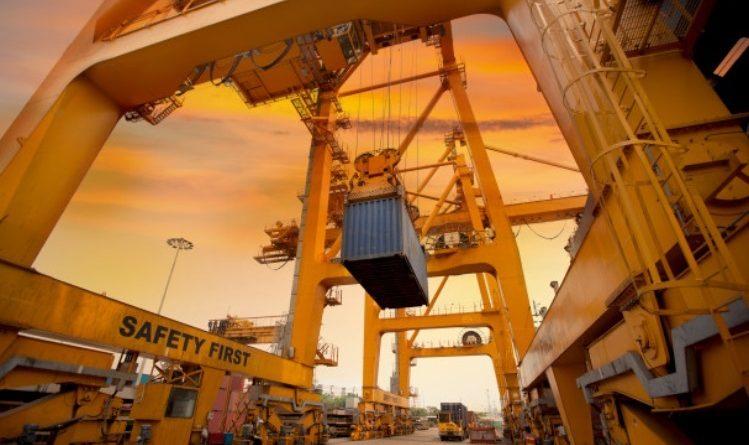 Indonesia sebenarnya punya potensi sangat besar. Buktinya, berbagai produk berikut ini mulai merambah dunia ekspor. Apa saja? simak hingga tuntas!