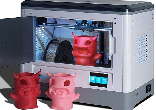 Ada beberapa jenis 3d printer yang berbeda-beda tergantung dari cara kerjanya meskipun masing-masing memiliki tujuan yang sama, yaitu membuat model 3 dimensi secara nyata