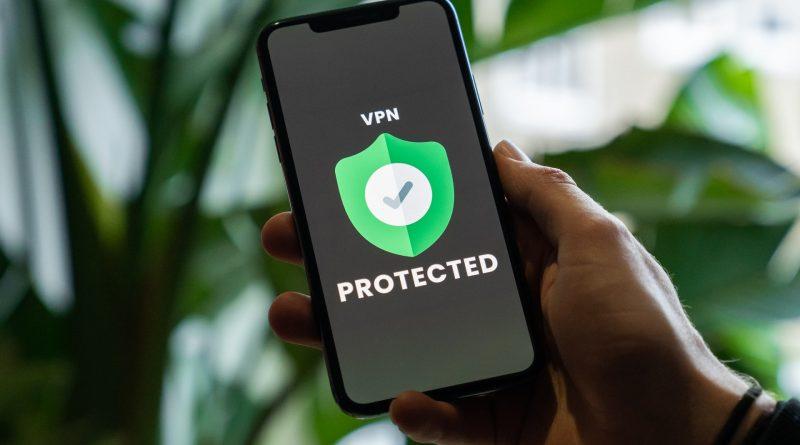VPN memang dapat melindungi data kita. Namun, menggunakan VPN dengan ceroboh malah dapat membuat data kita tidak aman