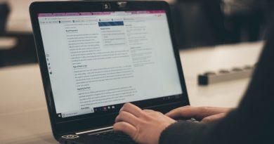 Menggabung beberapa file pdf menjadi satu file akan mempermudah dan merapikan penataan file-file yang penting