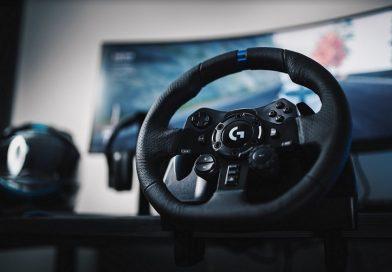 Beberapa game balap dan driving simulator sudah suppor steering wheel controller, baik dari game berat hingga game ringan